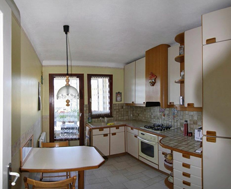Achat Appartement 3 pièces à Vinon-sur-Verdon - vignette-3