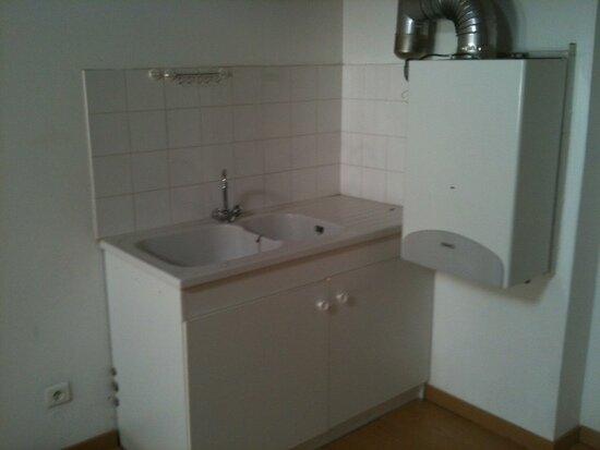 Location Appartement 2 pièces à Pont-Saint-Esprit - vignette-3