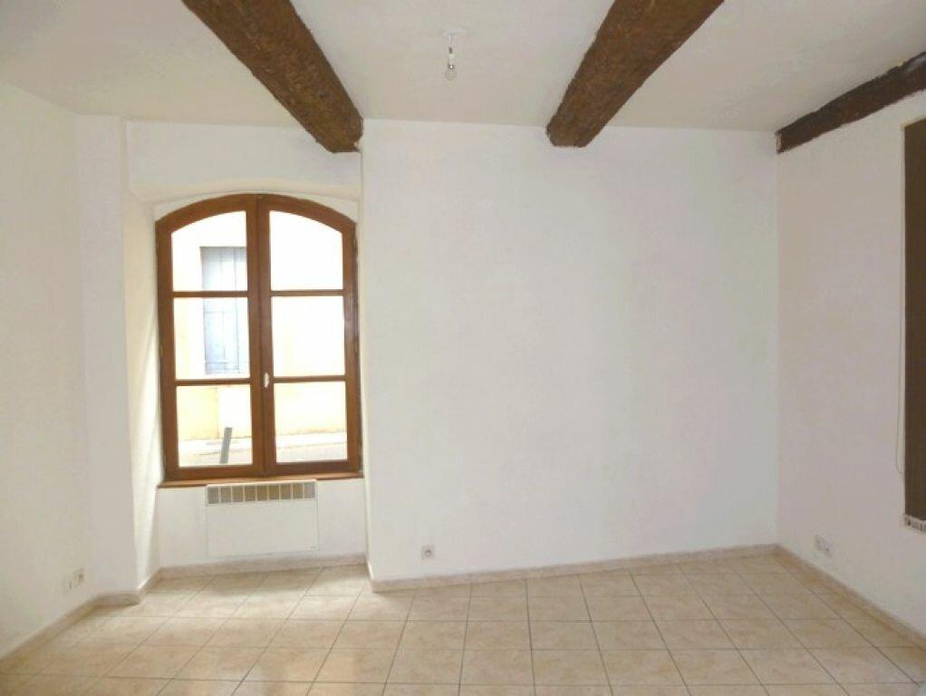 Location Appartement 3 pièces à Pont-Saint-Esprit - vignette-3