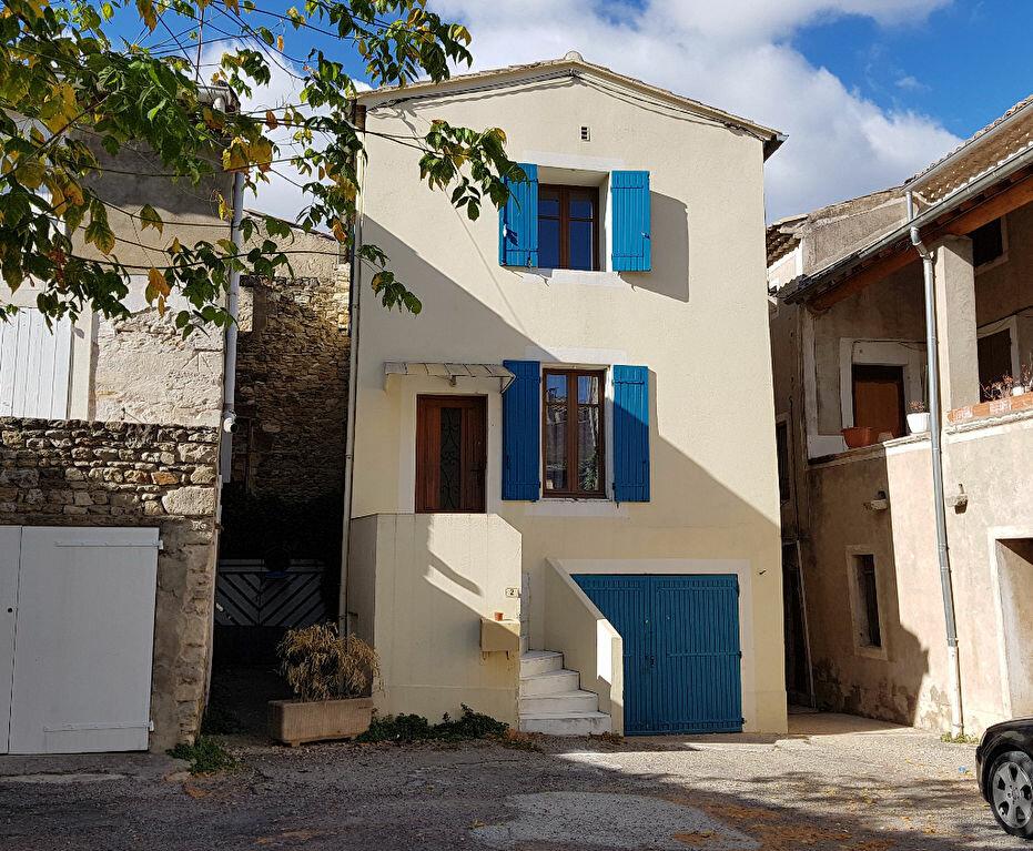 Location Maison 3 pièces à Saint-Paulet-de-Caisson - vignette-1