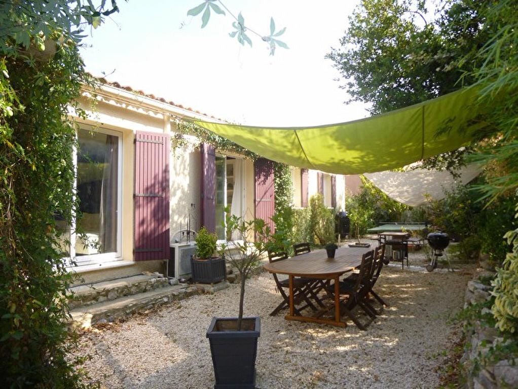 Achat Maison 5 pièces à Saint-Julien-de-Peyrolas - vignette-1