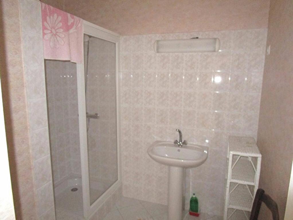Achat Appartement 4 pièces à Pont-Saint-Esprit - vignette-7