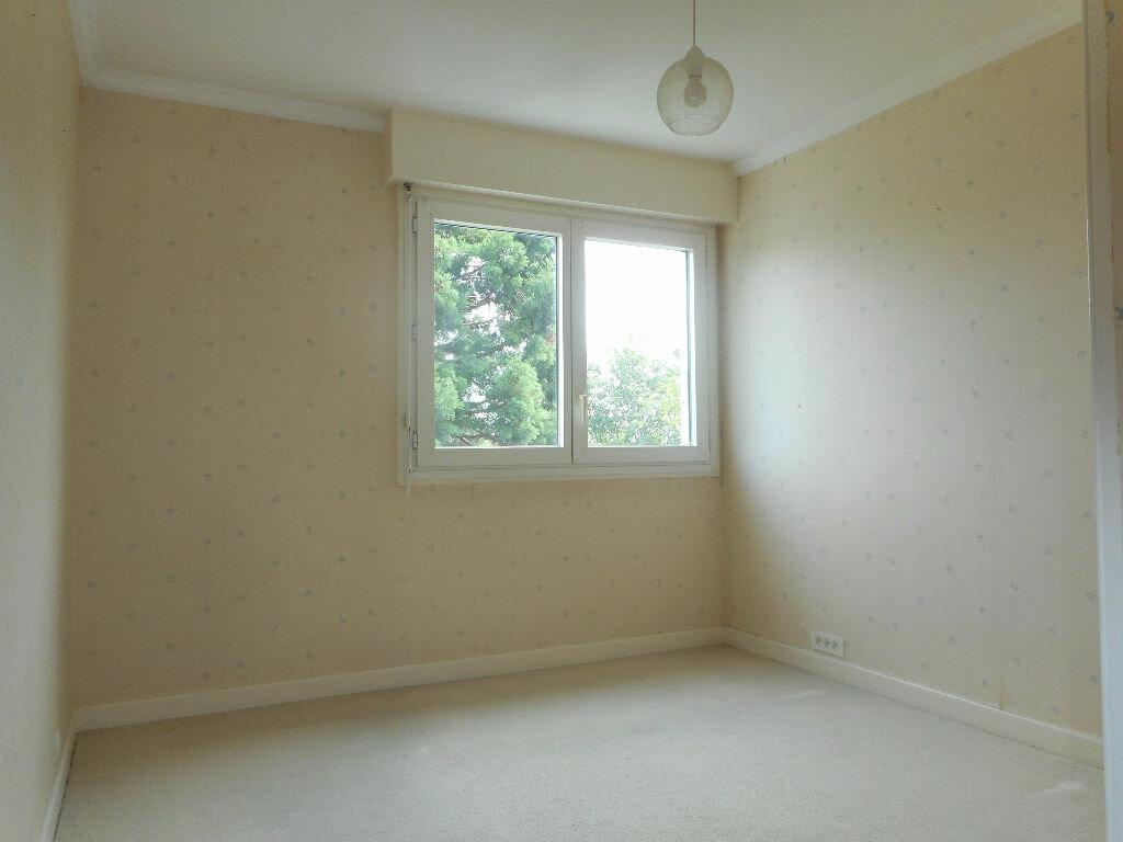 Achat Appartement 4 pièces à Douai - vignette-4