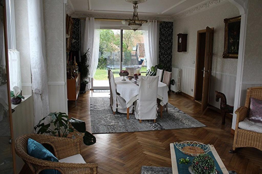 Achat Maison 13 pièces à Auberchicourt - vignette-1