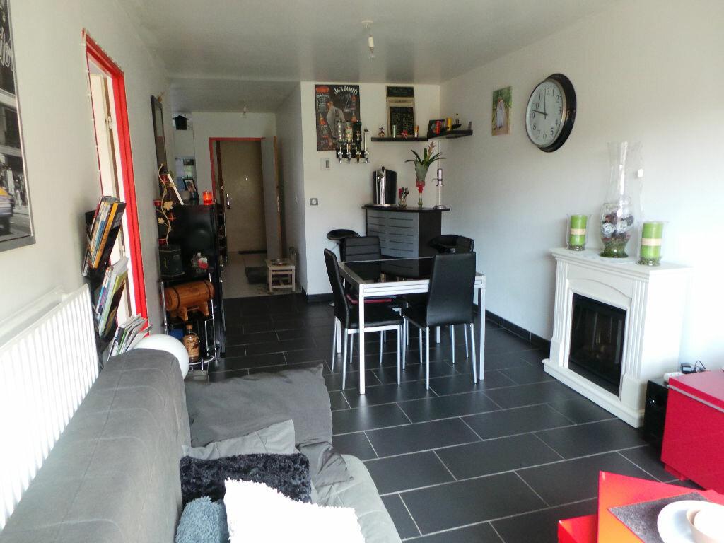 Achat Appartement 4 pièces à Sin-le-Noble - vignette-1