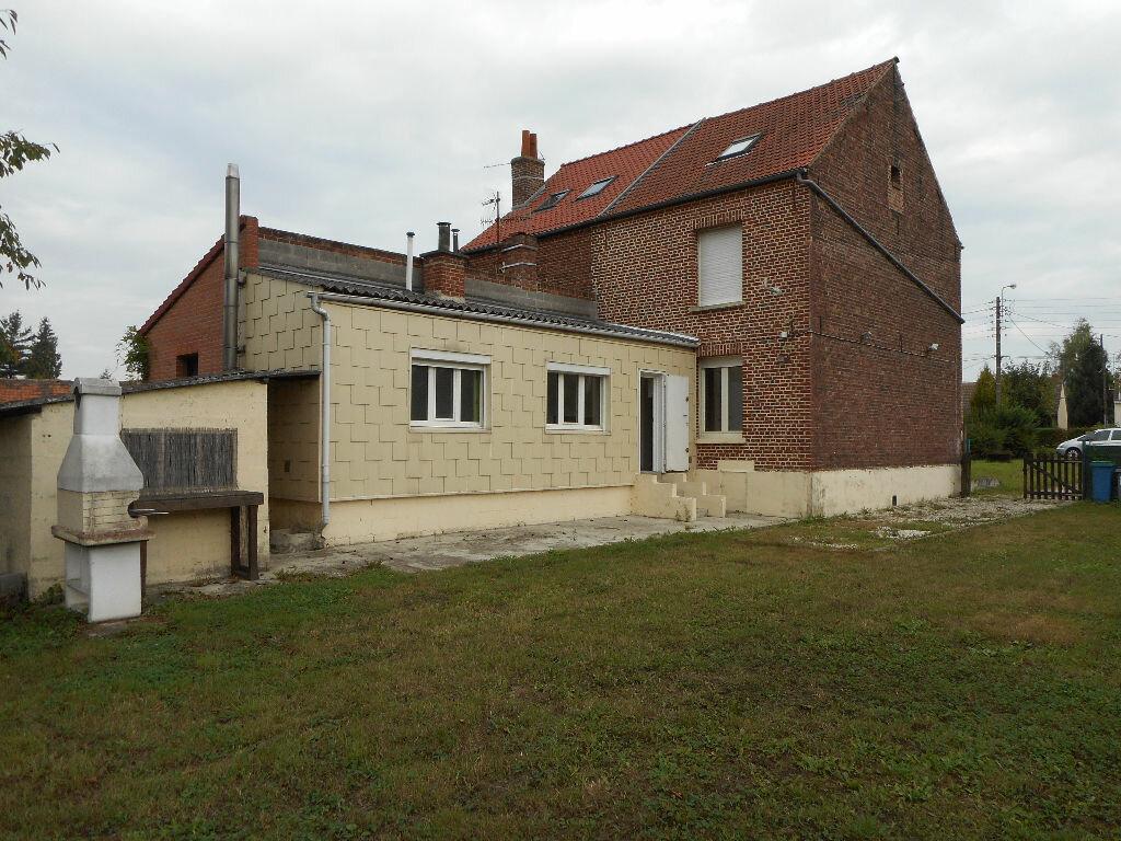 Location Maison 5 pièces à Raimbeaucourt - vignette-1