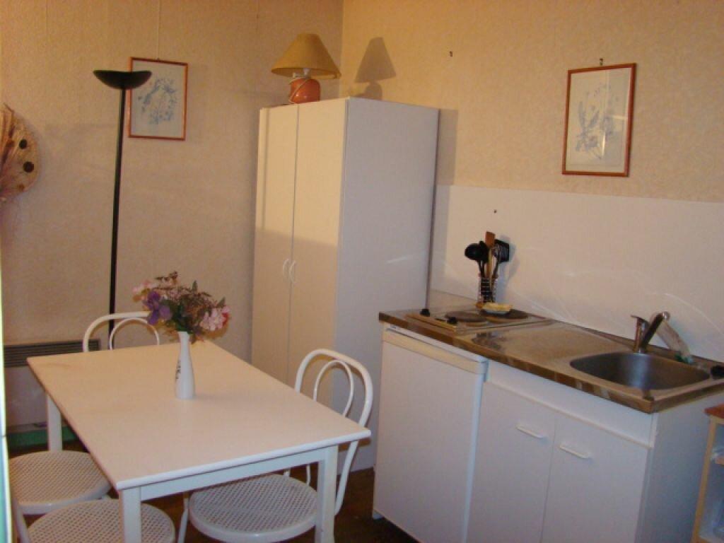 Location Appartement 1 pièce à Marconne - vignette-1