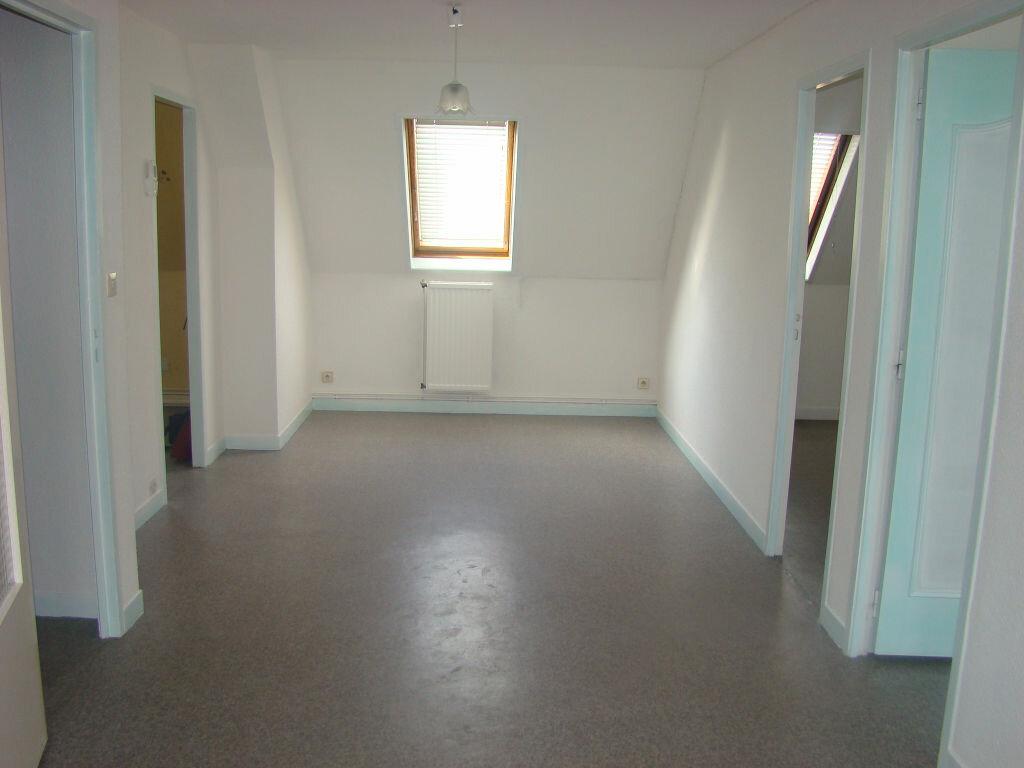 Location Appartement 3 pièces à Hesdin - vignette-1