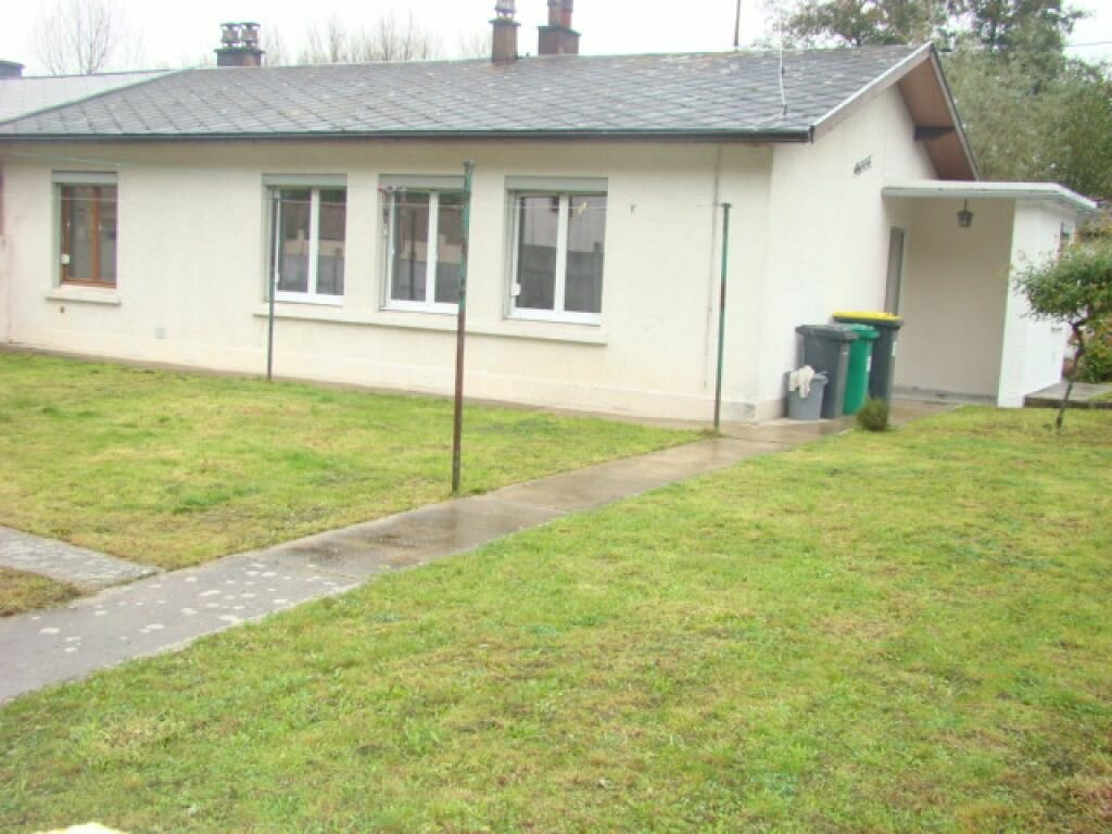 Location Maison 5 pièces à Beaurainville - vignette-1