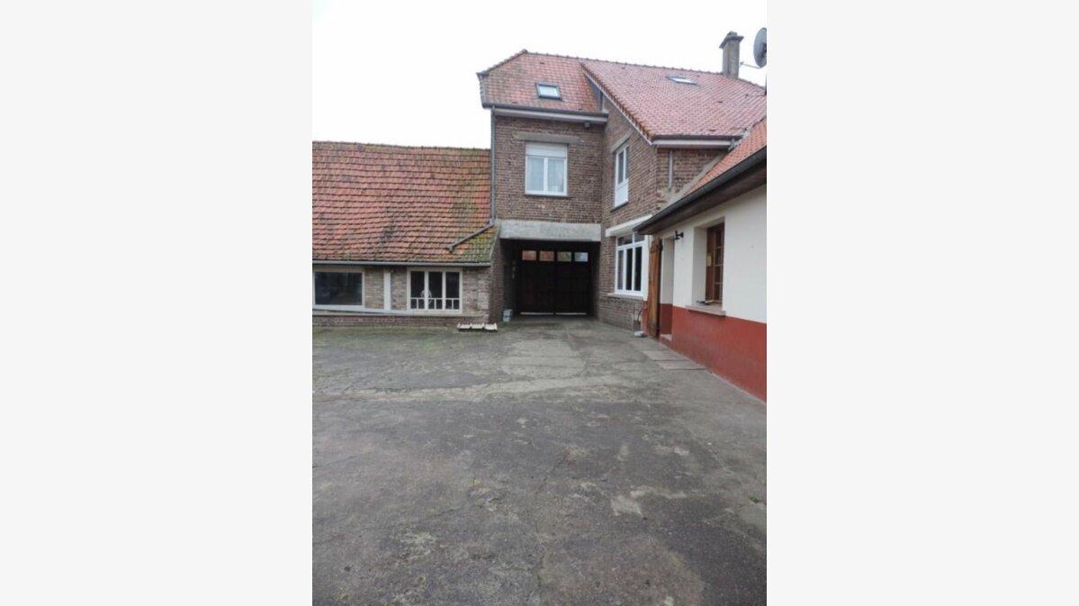 Achat Maison 8 pièces à Fressin - vignette-5