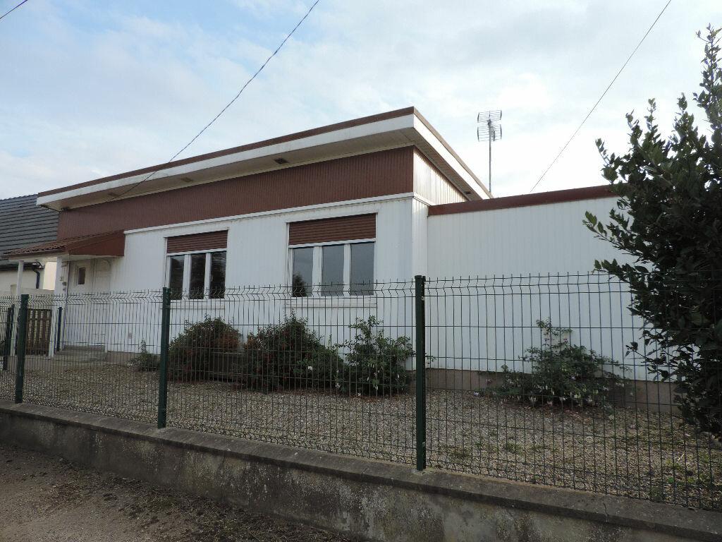 Achat Maison 4 pièces à Cavron-Saint-Martin - vignette-1