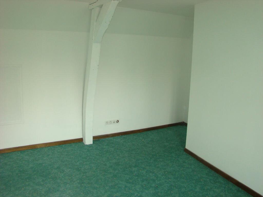 Location Maison 5 pièces à Huby-Saint-Leu - vignette-9