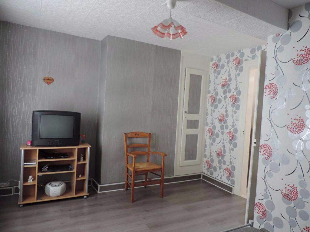 Location Maison 4 pièces à Hesdin - vignette-9