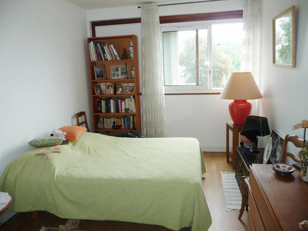 Achat Appartement 5 pièces à Bagneux - vignette-4