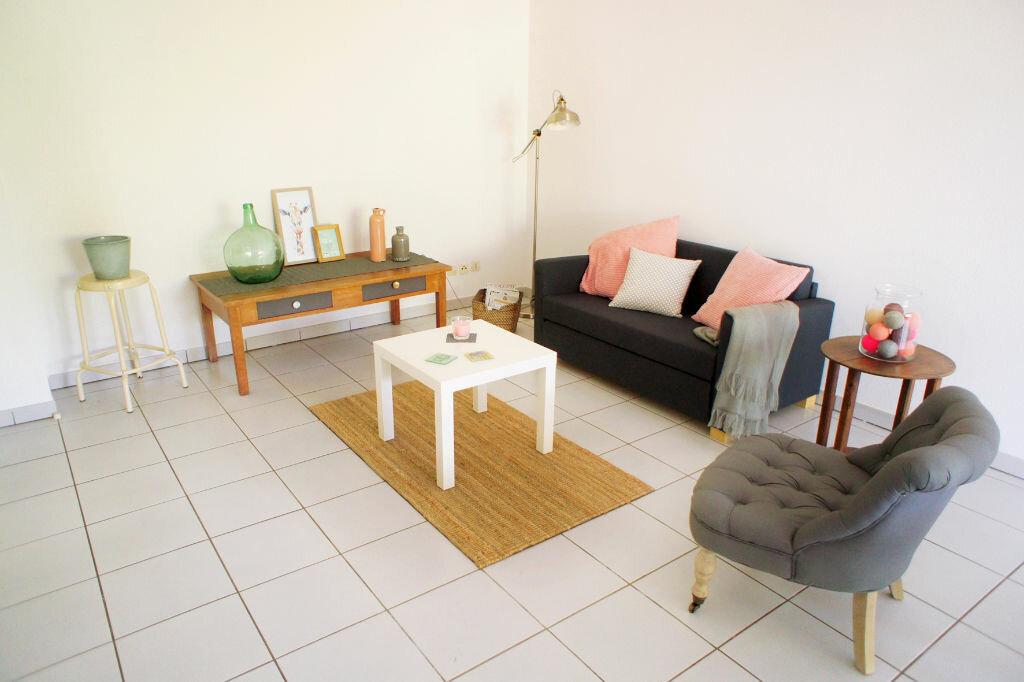 Achat Appartement 3 pièces à Saint-Jean - vignette-2