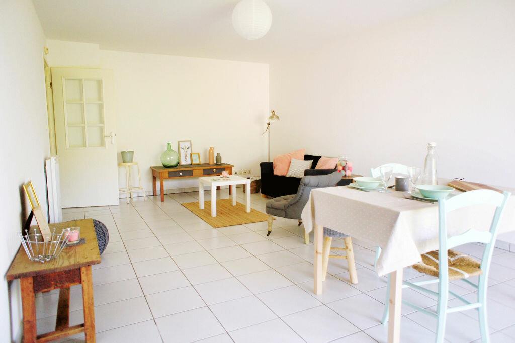 Achat Appartement 3 pièces à Saint-Jean - vignette-3
