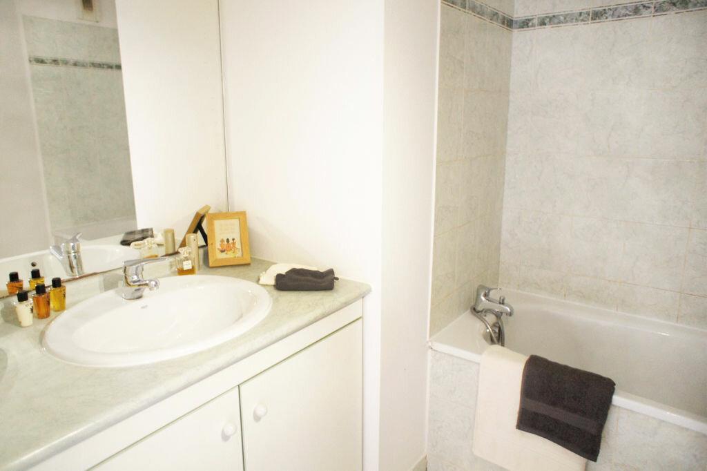 Achat Appartement 3 pièces à Saint-Jean - vignette-6