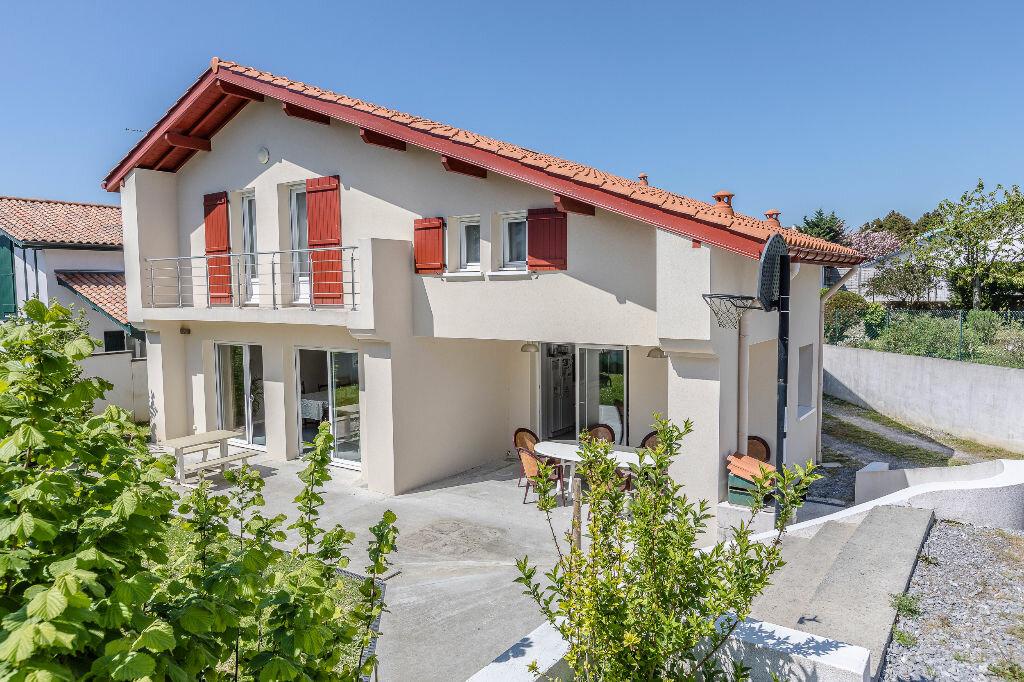 maison bayonne 220 m t 6 vendre 564 000 orpi. Black Bedroom Furniture Sets. Home Design Ideas