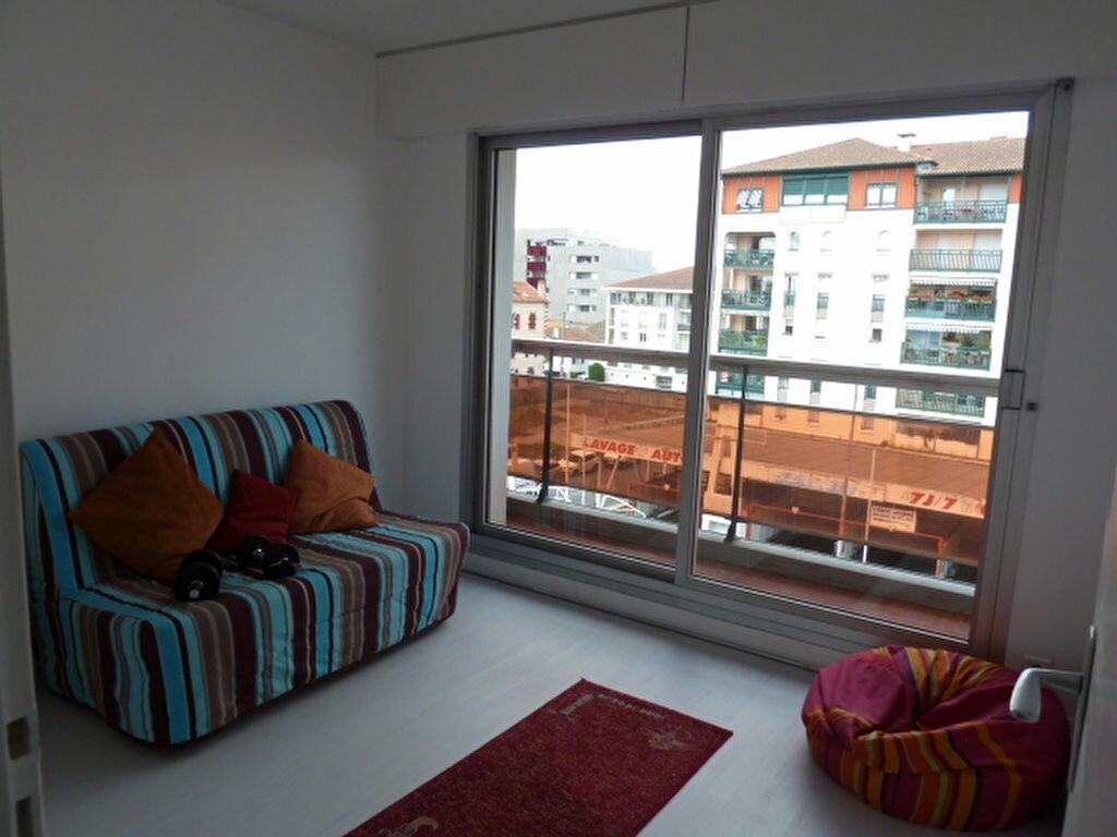 Achat Appartement 3 pièces à Bayonne - vignette-6