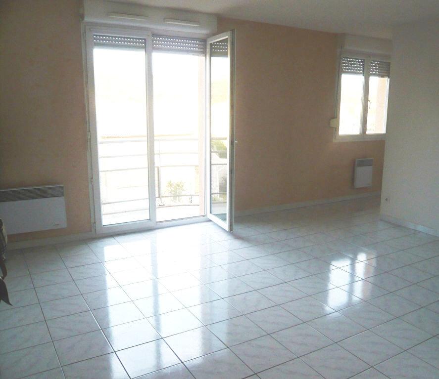 Location Appartement 2 pièces à Portes-lès-Valence - vignette-1