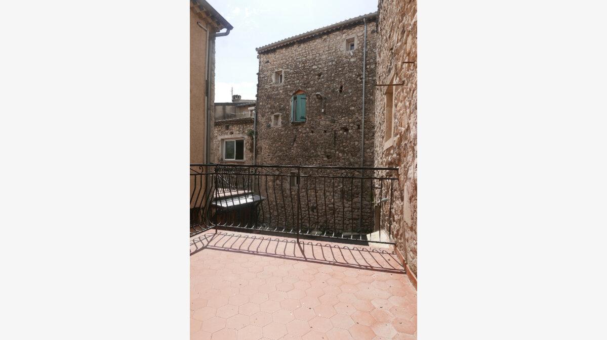 Location Maison 3 pièces à Baix - vignette-1