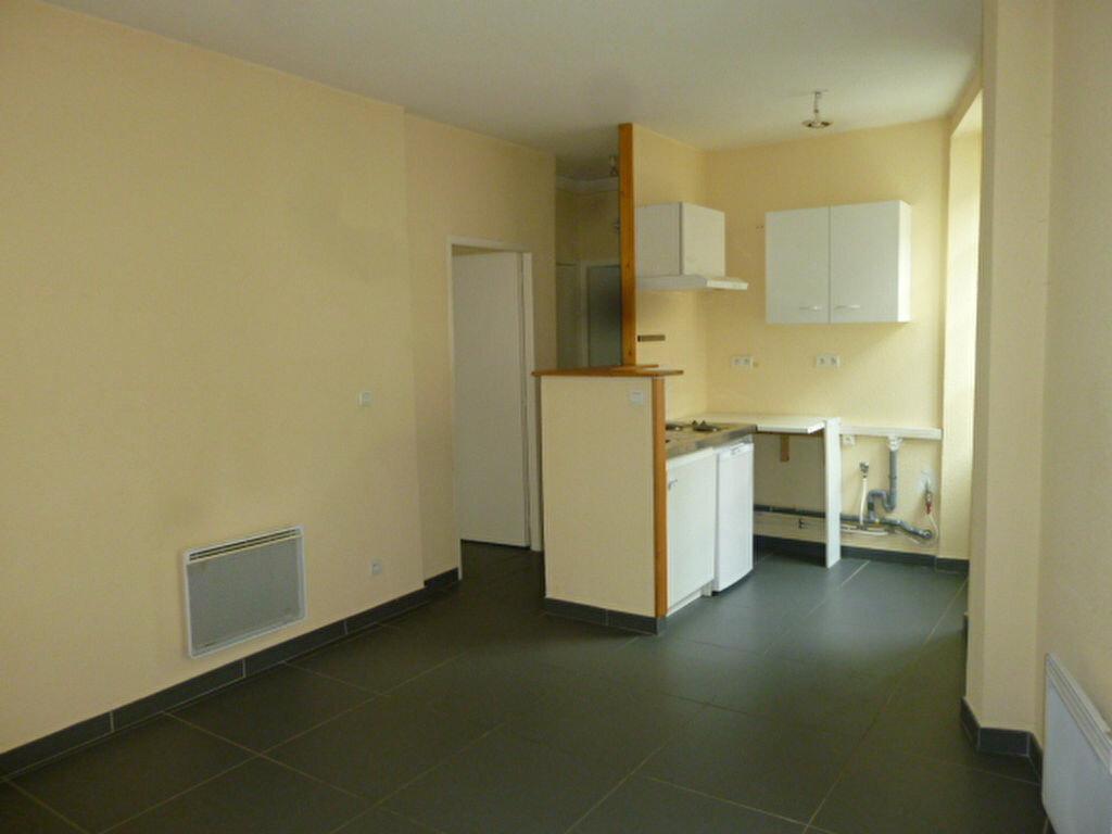 Location Appartement 2 pièces à Loriol-sur-Drôme - vignette-1