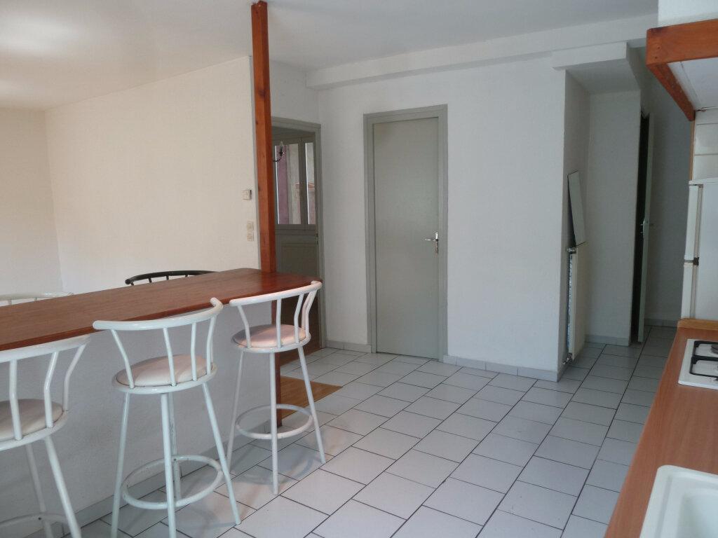 Location Appartement 2 pièces à Loriol-sur-Drôme - vignette-3