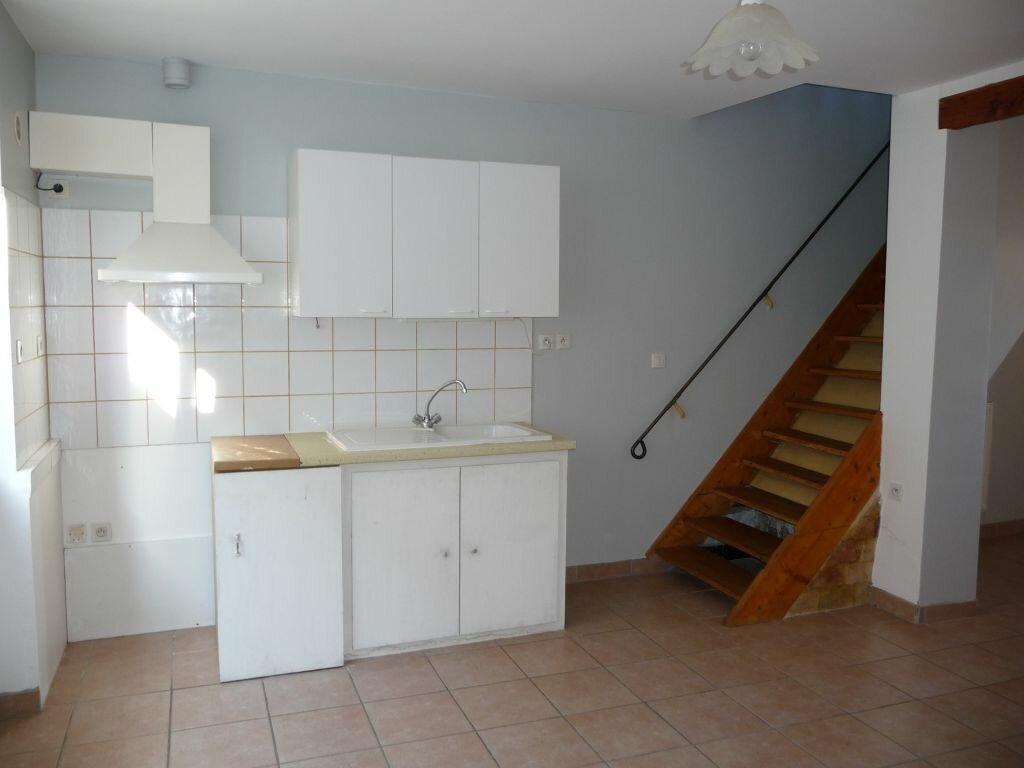 Location Appartement 2 pièces à Saint-Vincent-de-Barrès - vignette-1