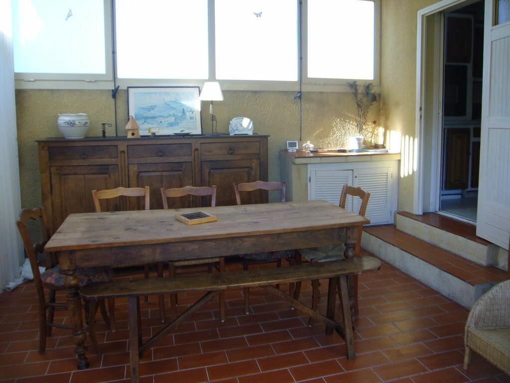 Achat Maison 4 pièces à Saint-Cyr-sur-Mer - vignette-7