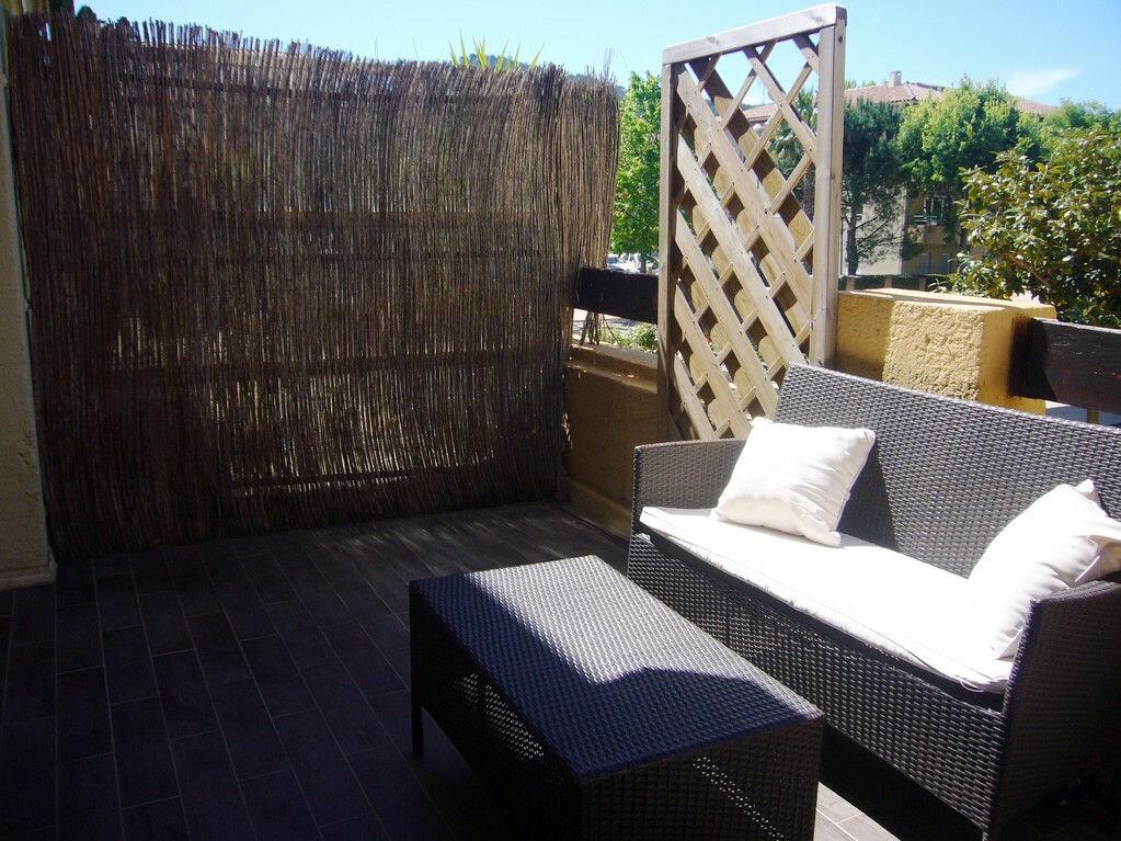Achat Appartement 4 pièces à Saint-Cyr-sur-Mer - vignette-5