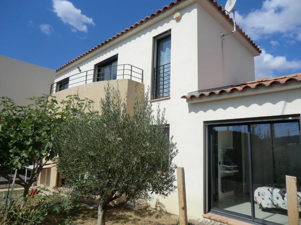 Achat Maison 5 pièces à Saint-Cyr-sur-Mer - vignette-3
