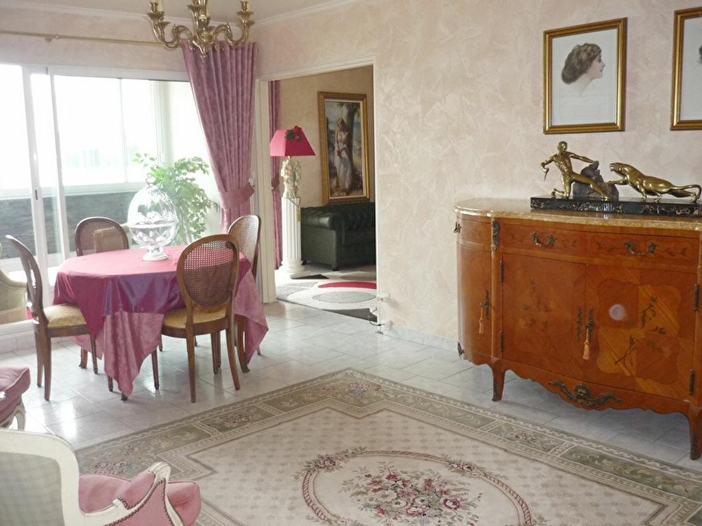 Achat Appartement 4 pièces à Angoulême - vignette-1