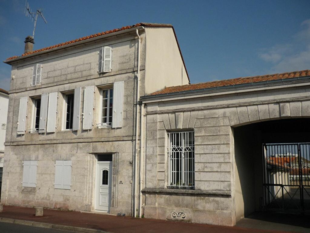 Achat Maison 7 pièces à Angoulême - vignette-1