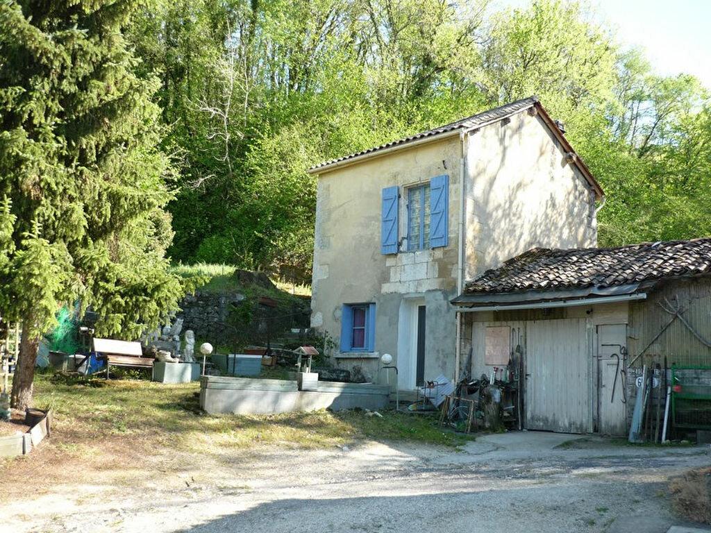 Achat Maison 4 pièces à Puymoyen - vignette-4