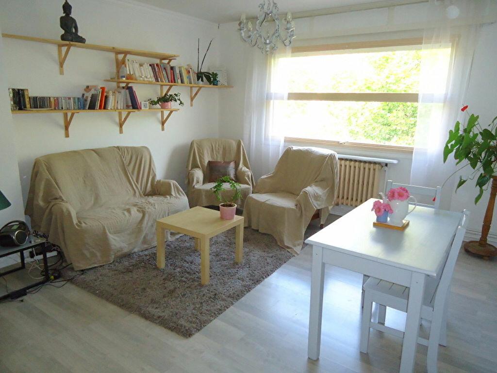 Achat Appartement 3 pièces à La Madeleine - vignette-1