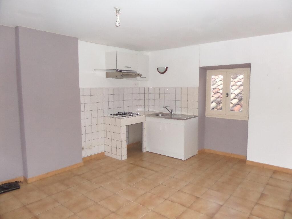 Location Appartement 2 pièces à Cadenet - vignette-1