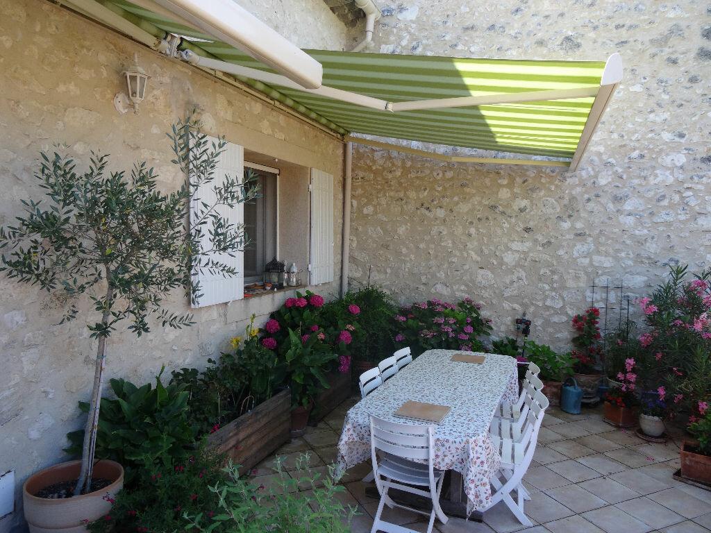 Achat Maison 5 pièces à La Roque-d'Anthéron - vignette-1