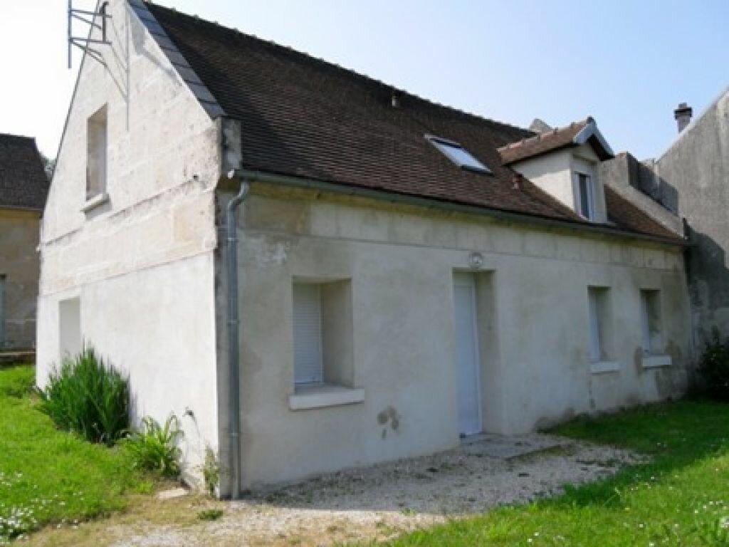 Location Maison 3 pièces à Janville - vignette-1