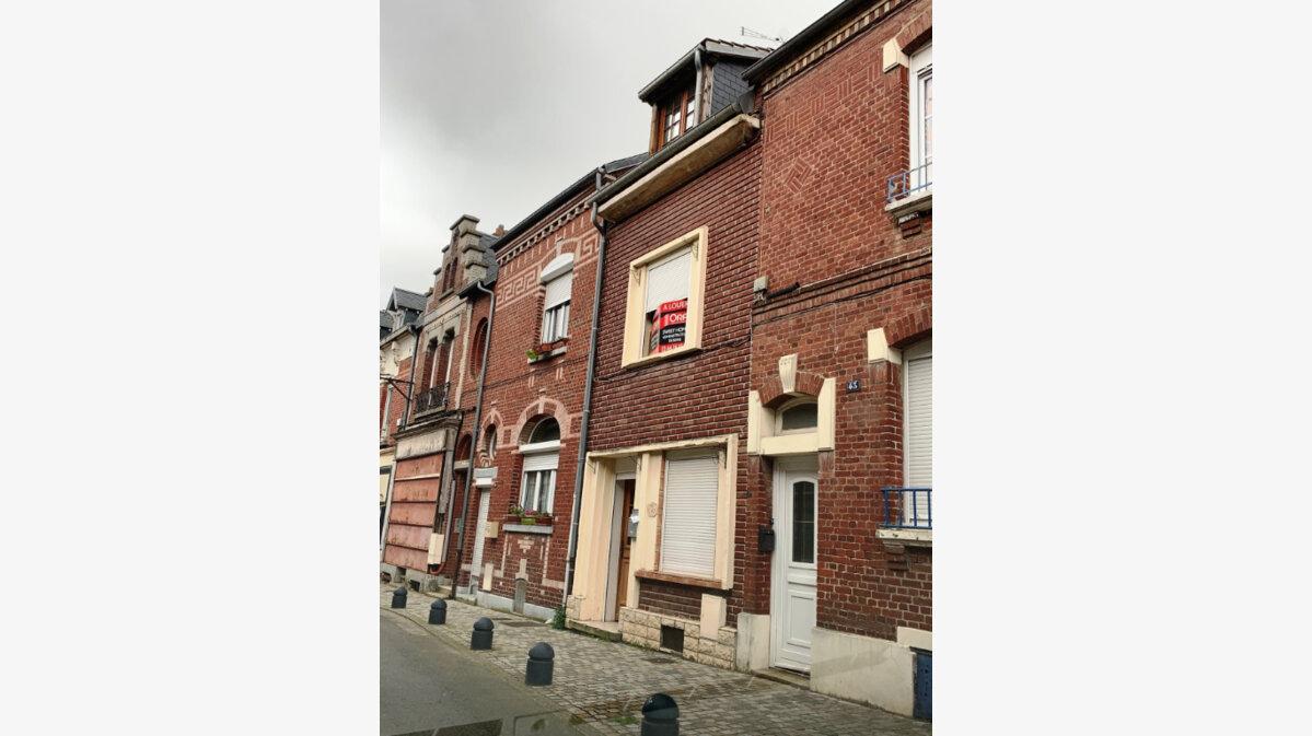 Location Maison 4 pièces à Roye - vignette-1