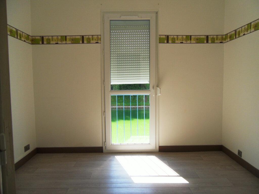 Achat Appartement 3 pièces à Noyon - vignette-12