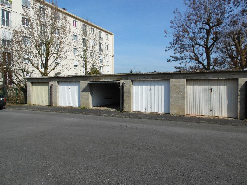 Achat Stationnement  à Compiègne - vignette-1