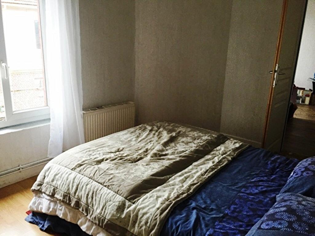 Location Appartement 3 pièces à Noyon - vignette-4
