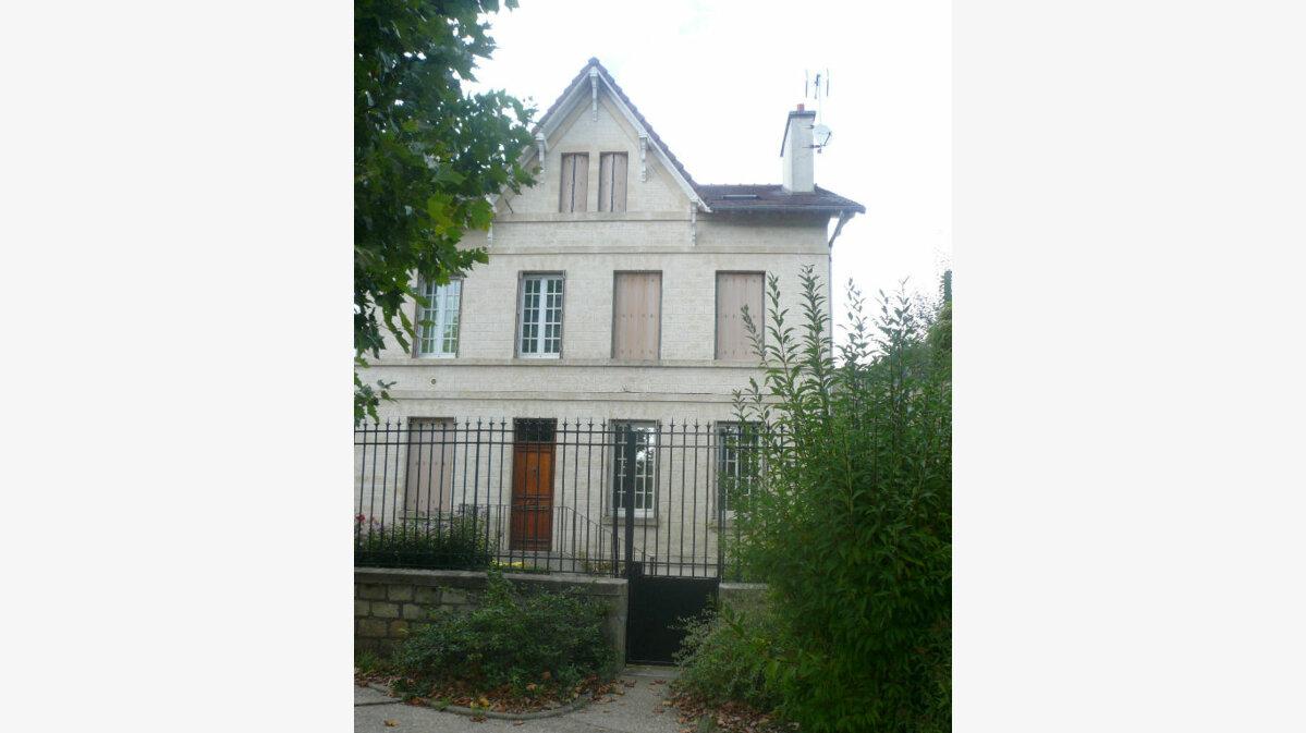 Location Appartement 2 pièces à Chantilly - vignette-1
