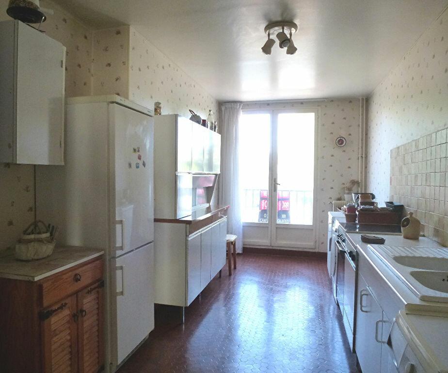 Achat Appartement 4 pièces à Chantilly - vignette-3