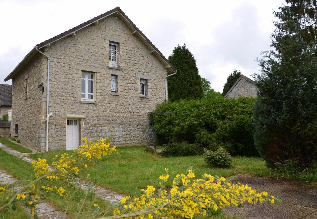 Achat Maison 4 pièces à Avilly-Saint-Léonard - vignette-1