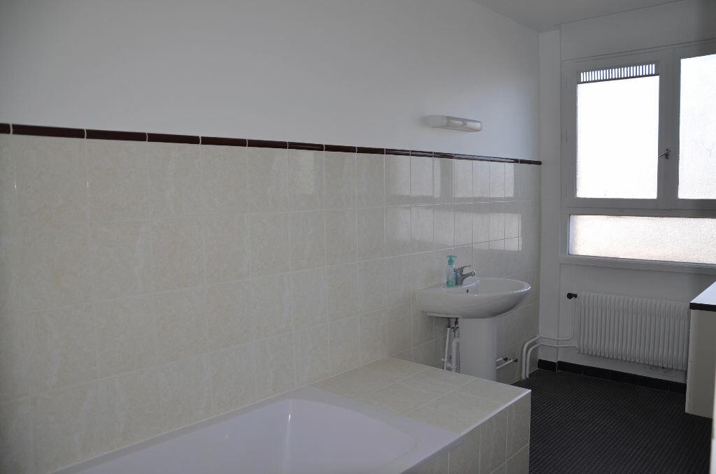 Achat Appartement 5 pièces à Survilliers - vignette-4