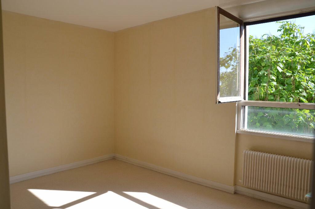 Achat Appartement 5 pièces à Survilliers - vignette-5
