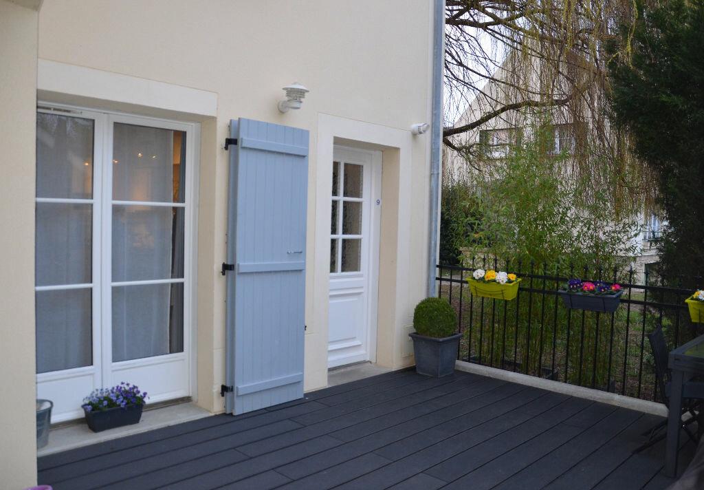 Achat Appartement 4 pièces à Saint-Leu-d'Esserent - vignette-1