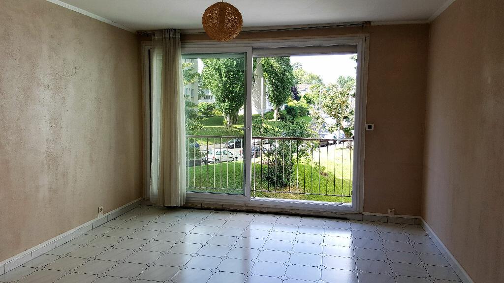 Achat Appartement 3 pièces à Domont - vignette-1