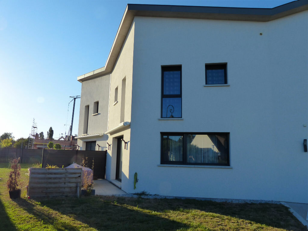 Location Appartement 5 pièces à Sausheim - vignette-1